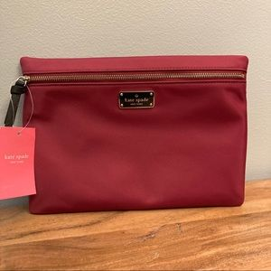 NWT Kate spade wilson road large drewe pouch